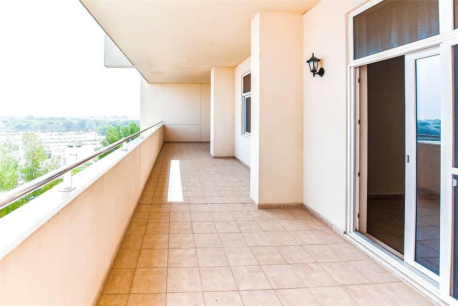 2 Fully Managed   Large   Storage room   Big balcony