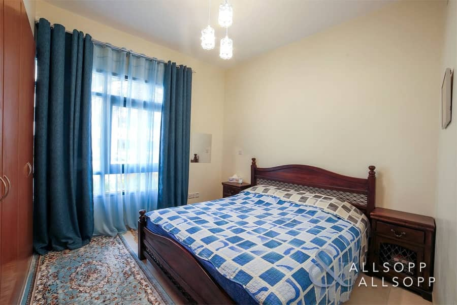 2 Bed + Study | Vacant Now | Well Priced