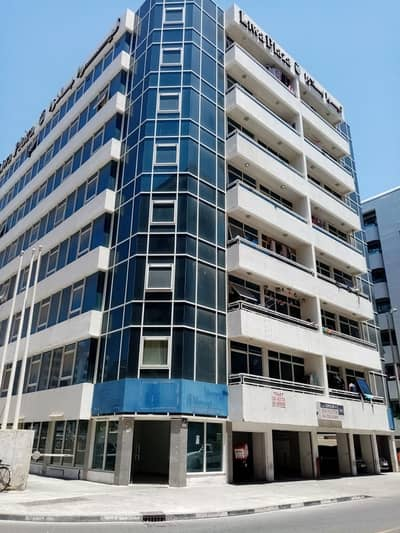 2 Bedroom Flat for Rent in Deira, Dubai - VERY HUGE FLAT 2 BHK FOR SHARING NEAR METRO