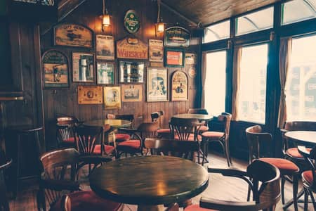 Shop for Rent in Deira, Dubai - Space for Filipino Bar with Live Band Concept