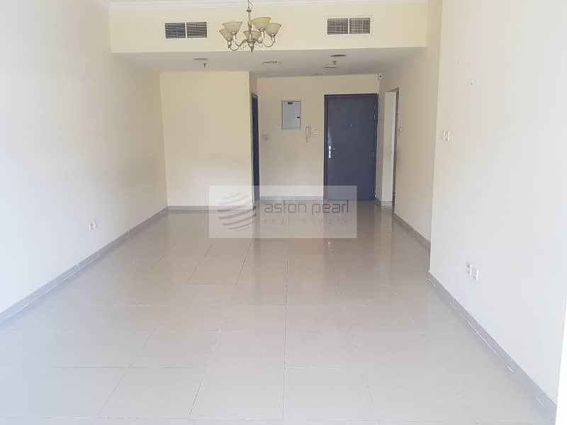 Large Layout 1 Bedroom for Rent Next to DMCC Metro