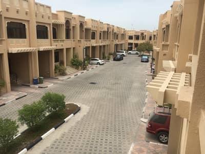 فيلا مجمع سكني 4 غرف نوم للايجار في البطين، أبوظبي - فيلا مجمع سكني في البطين 4 غرف 155000 درهم - 4710665