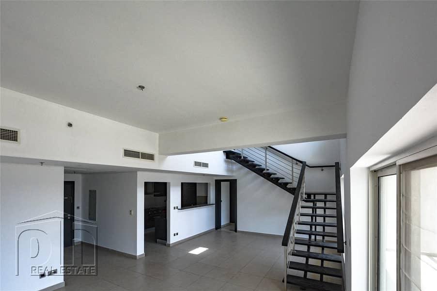 Stunning 3 Bed Duplex | Pool View | 2