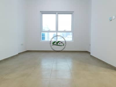 1 Bedroom Flat for Rent in Tourist Club Area (TCA), Abu Dhabi - Affordable 1 Bedroom Apartment with FREE PARKING!!