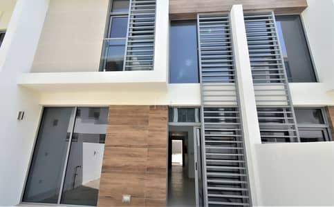 2 Bedroom Townhouse for Sale in Dubai South, Dubai - Best deal in the town | motivated seller | Ready to move in