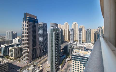 1 Bedroom Apartment for Sale in Dubai Marina, Dubai - Ready To Move | 1BR Apt | Marina