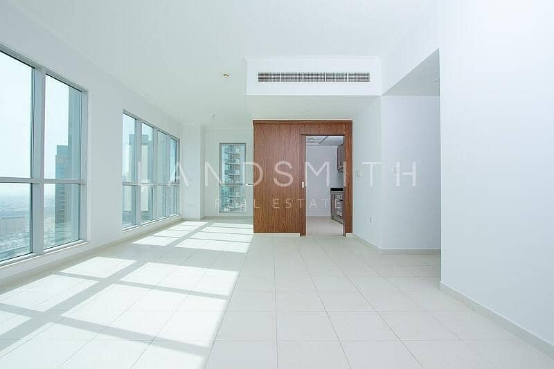 2 Fully Furnished Vacant 1BR Apt in The Residences 8