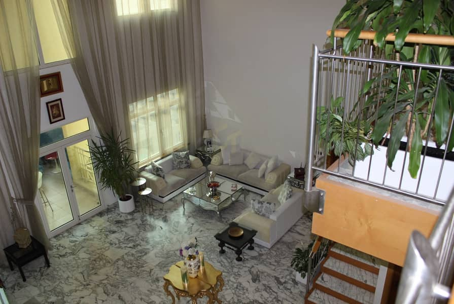 11 Price Reduced Penthouse 4 Br + M With Beach Access