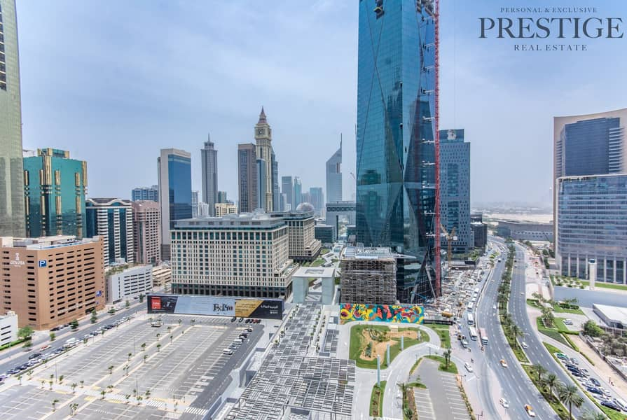 17 2BR | Mid Floor | Community View | Park Tower