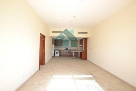 1 Bedroom Flat for Rent in Motor City, Dubai - Large 1 BR Nice Layout Garden View Vacant  45k in 1 Cheque