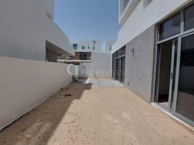 تاون هاوس 2 غرفة نوم للايجار في دبي الجنوب، دبي - Reduced Price   Big Layout   Multiple units
