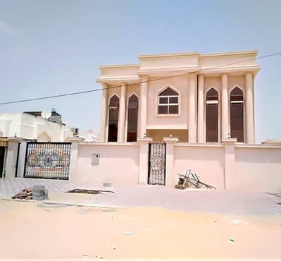 5 Bedroom Villa for Sale in Al Rawda, Ajman - Luxury villa for sale in monthly installments through bank financing for all nationalities
