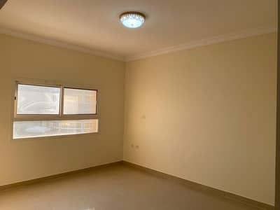 فيلا مجمع سكني 4 غرف نوم للايجار في مدينة شخبوط (مدينة خليفة ب)، أبوظبي - فيلا مجمع سكني في مدينة شخبوط (مدينة خليفة ب) 4 غرف 120000 درهم - 4712337