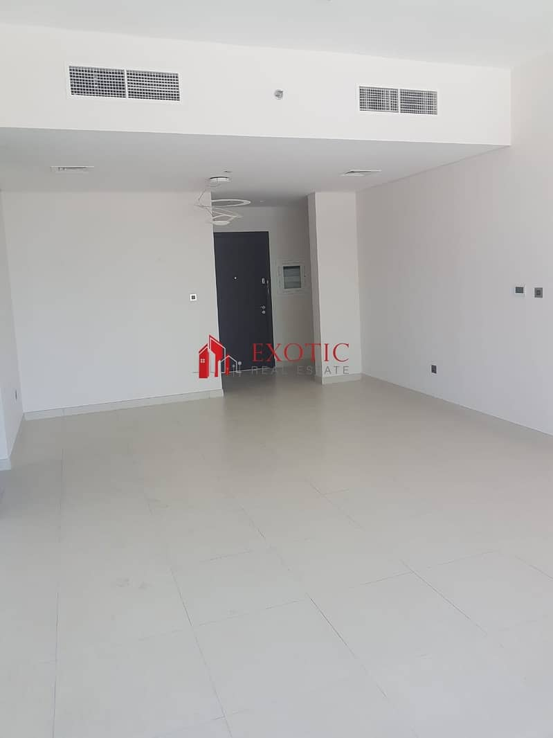 2 Amazing 2 Bedroom Apartment in Bahwan Tower