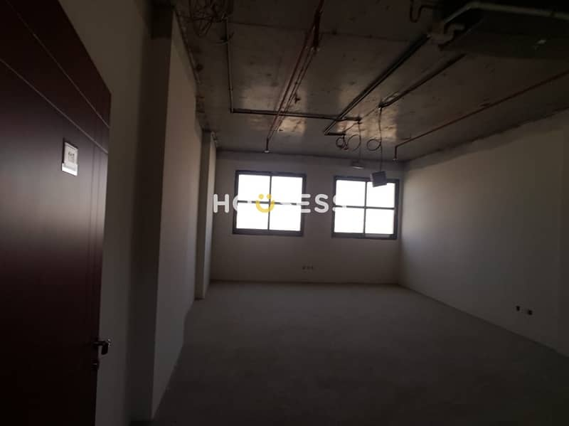 2 Affordable office space for rent in Silicon Oasis