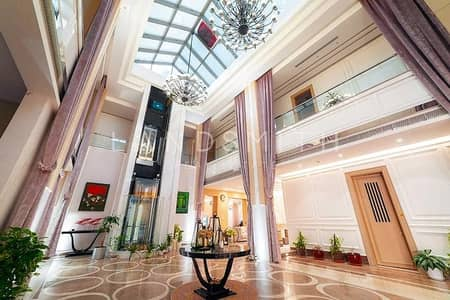 5 Bedroom Villa for Sale in Emirates Hills, Dubai - Exclusive Luxurious 5BR Villa in Emirates Hills