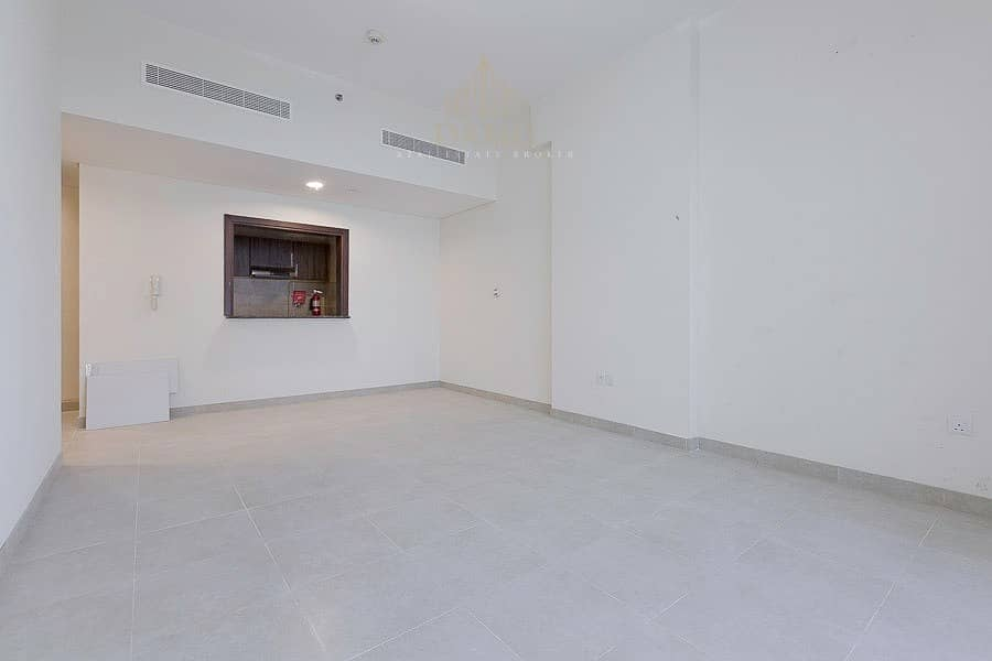 2 Brand new wide 1 bedroom in Dubai with no DLD or commission fees