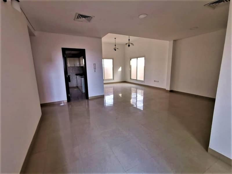 Multiple cheques   Spacious Terrace   Prime location