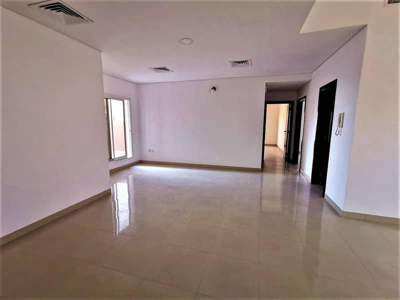 2 Multiple cheques   Spacious Terrace   Prime location
