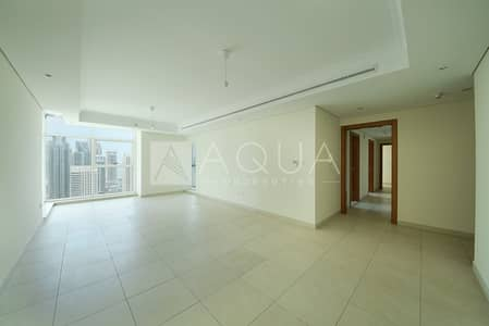 2 Bedroom Flat for Rent in Jumeirah Lake Towers (JLT), Dubai - Biggest Layout | Maid's Room | Lake Views