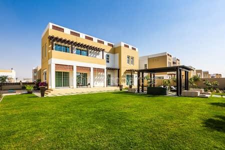 فیلا 5 غرف نوم للايجار في مدن، دبي - Most loved 5 bed Type B layout.