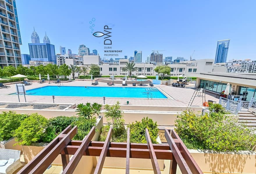 Vacant: OPPORTUNITY KNOCKS!!! Golf Towers