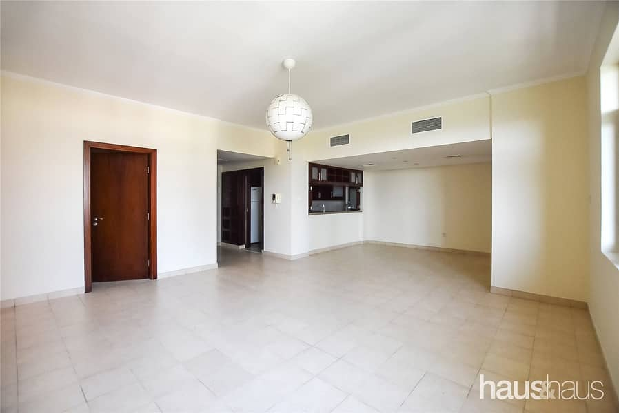 2 Spacious 2 Bed + Study | Vacant | Canal Views