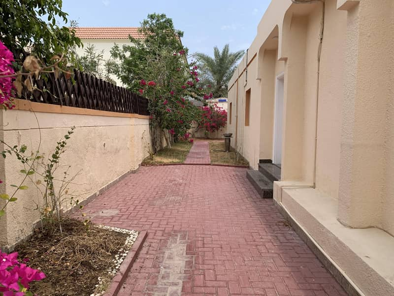 16 Prime Location,Independent Single storey villa with  Garden in Jumeirah 3