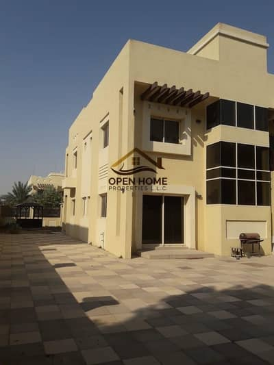 4 Bedroom Villa for Sale in Baniyas, Abu Dhabi - Hot Deal!!! Superb 4BR + 2Halls @ Bawabat Al Sharq Baniyas