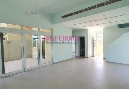 4 Bedroom Villa for Rent in Mirdif, Dubai - Gloomy Semi Independent 4BR | Well Maintained