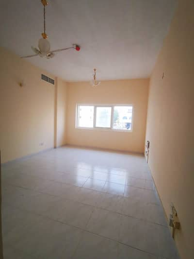 2 Bedroom Flat for Rent in Deira, Dubai - HURRY!!! GOOD PRICE 2 BHK AVAILABLE FOR FAMILY SHARING CLOSE TO METRO STATION