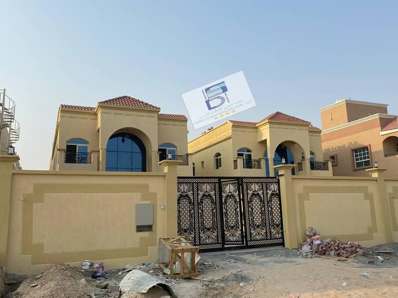 فيلا تشطيب عربى ممتاز بامويهات1 قريب جميع الخدمات بسعر مليون 600 الف تملك حر 100%