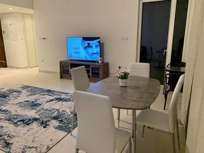 1 Bedroom Apartment for Rent in Al Reem Island, Abu Dhabi - Spacious Fully Furnished Apartment + Balcony!!