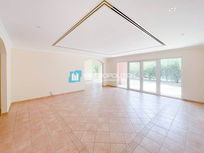 Exclusive| 3 Bed | Study | Great Location | Vacant