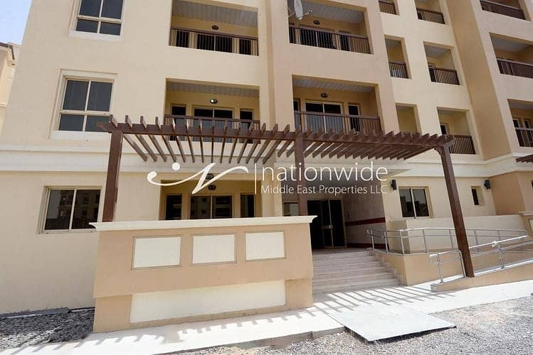 11 Sophisticated Studio Apartment In Bani Yas