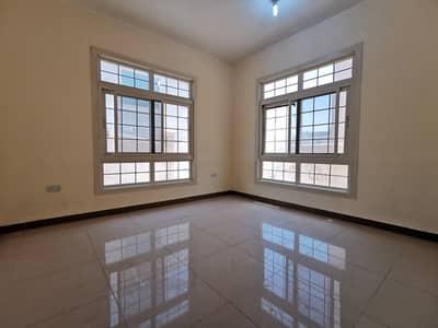 شقة في مدينة محمد بن زايد 2 غرف 50000 درهم - 4714875