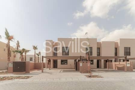 تاون هاوس 4 غرف نوم للايجار في مويلح، الشارقة - Al Nargis corner unit with L shape garden