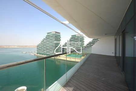 3 Bedroom Apartment for Rent in Al Raha Beach, Abu Dhabi - Full Sea View Luxurious 3+M Apt with Large Balcony For Rent
