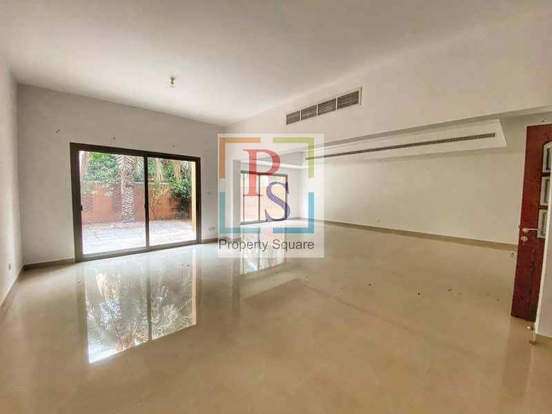 2 Private Beach | Spacious 4 bedroom  Townhouse with garden