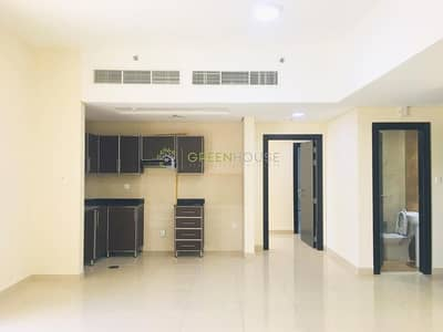 Fine Quality Bright 1 B/R Apts. with Built-in Wardrobes | Burj Residency