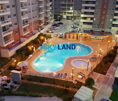 Type A 3Beds+Maids w/ Closed Kitchen - Pool View