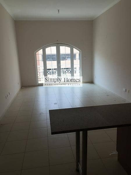 2 Well Maintained Spacious StudiolVacant
