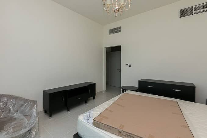 2 NEAT |WELL LIT| FURNISHED 2 BED IN POLO RESIDENCE