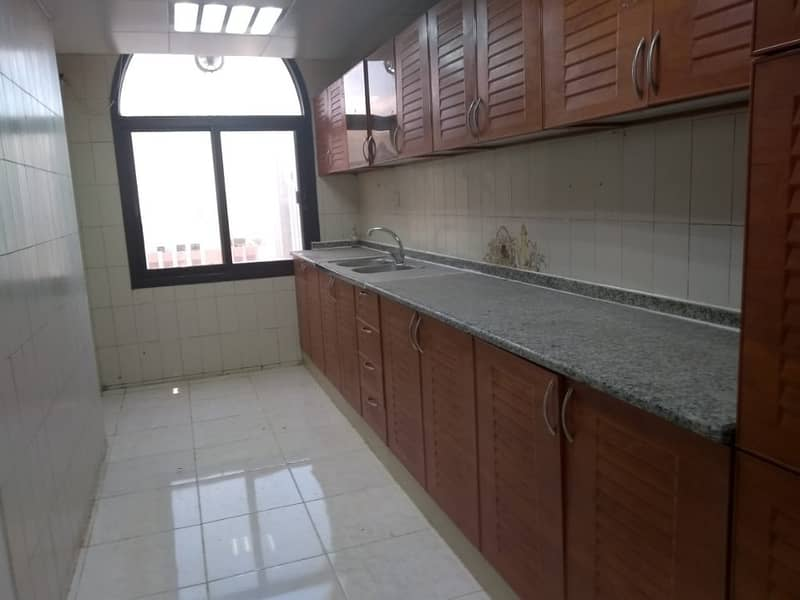 2 Spacious Apartment 3 bedrooms 3 bathrooms Family Sharing allow Airport Road Near Kfc.