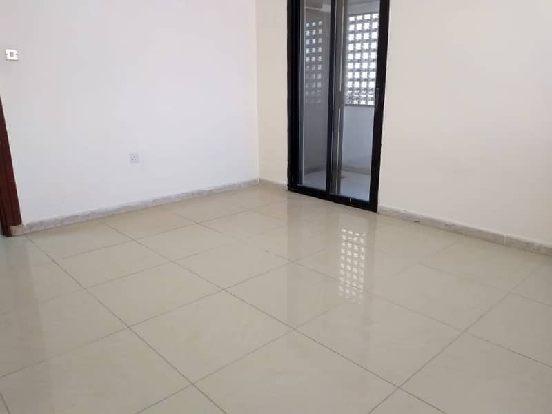 17 Spacious Apartment 3 bedrooms 3 bathrooms Family Sharing allow Airport Road Near Kfc.