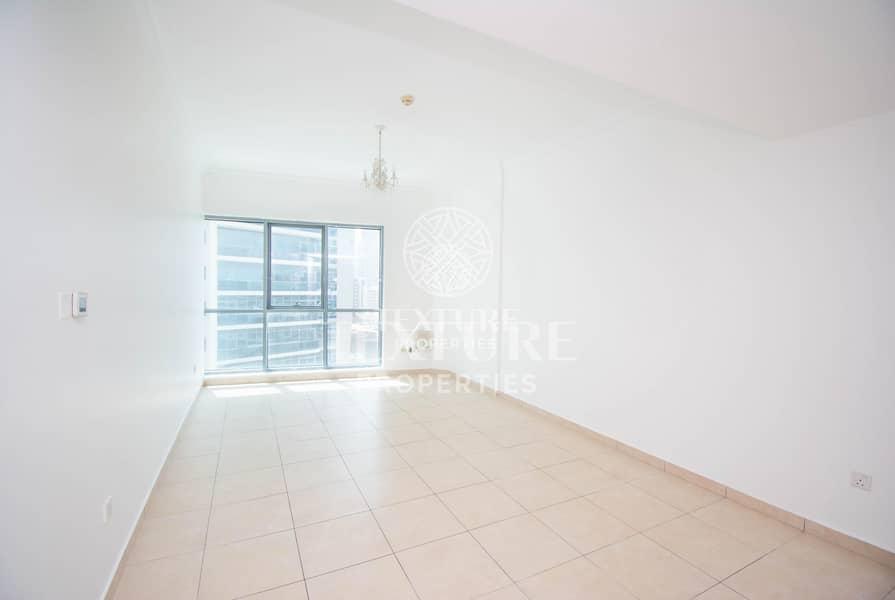 Spacious 1 Bedroom at Dubai Marina