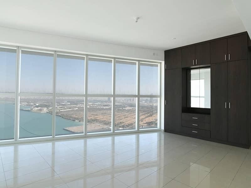 Investors Deal! Spacious unit w/ Full Marina View