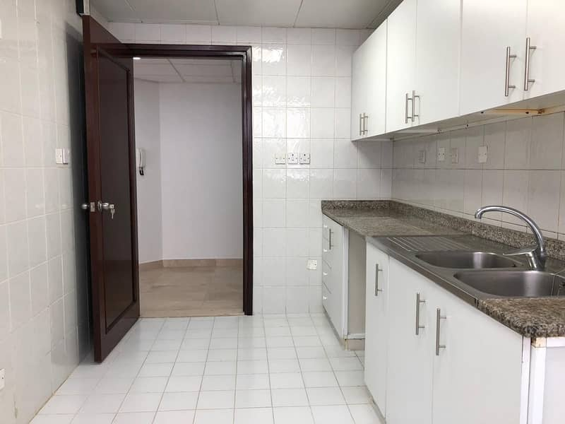 15 Spacious: 2 Bedrooms 2 Full Bathrooms Spacious Living Hall Located At Delma St in 60k