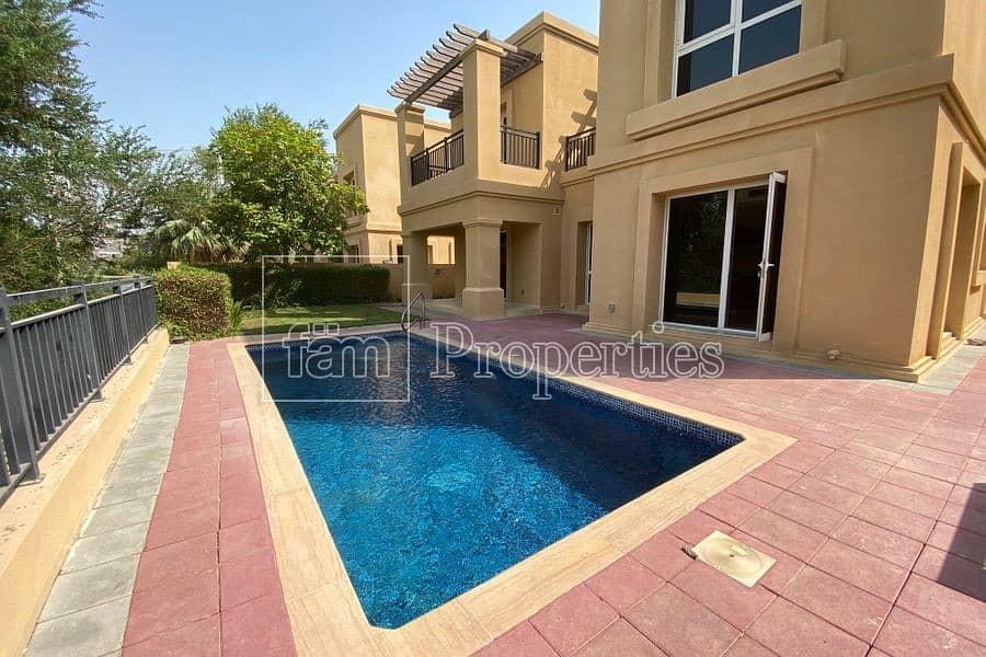 Excellent 4 B/R Golf villa/Pool/Free Golf/Vacant