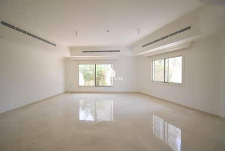 تاون هاوس 5 غرف نوم للايجار في قرية جميرا الدائرية، دبي - Spacious 5 Bed + Maids | G+1  Glittering |Park views